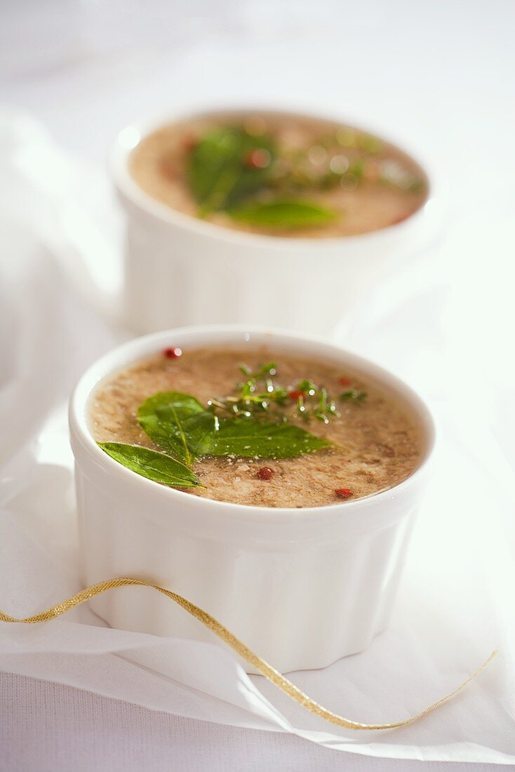 Pâté with herbs and pink pepper
