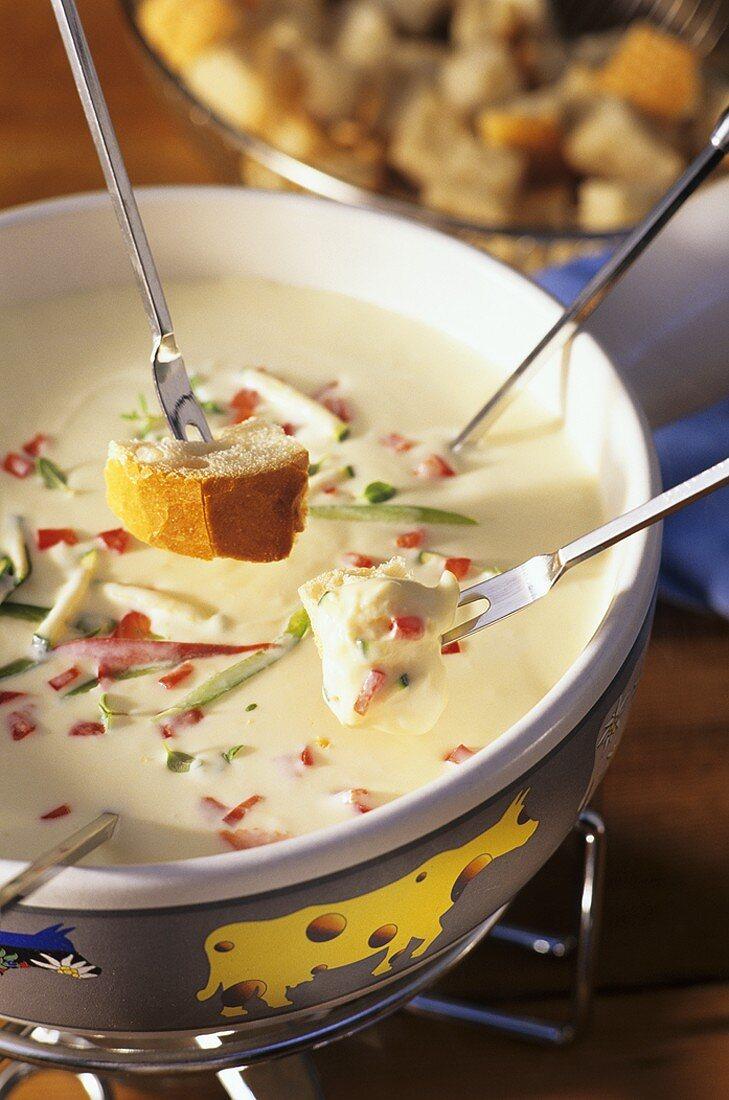 Neuchâtel cheese fondue (with wine & kirsch), Switzerland