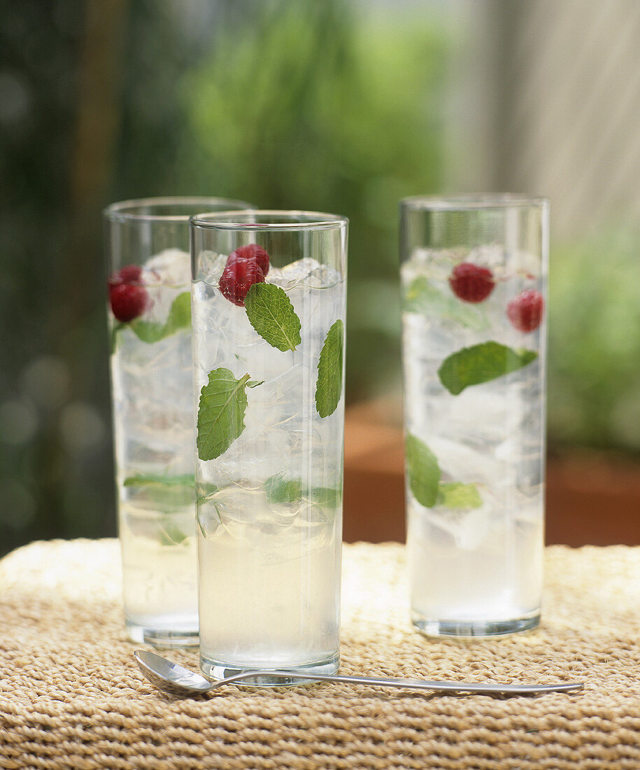 Mint cocktail in three glasses
