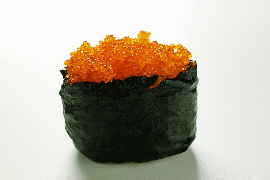 Gunkan maki with red caviare