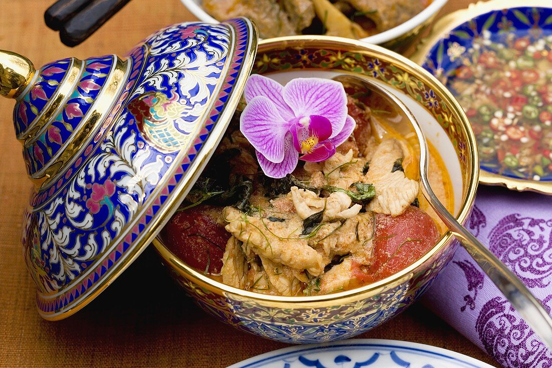 Chicken curry with Nam Pla (Thailand)