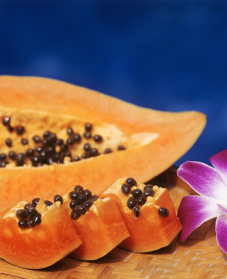 Papaya, cut into pieces