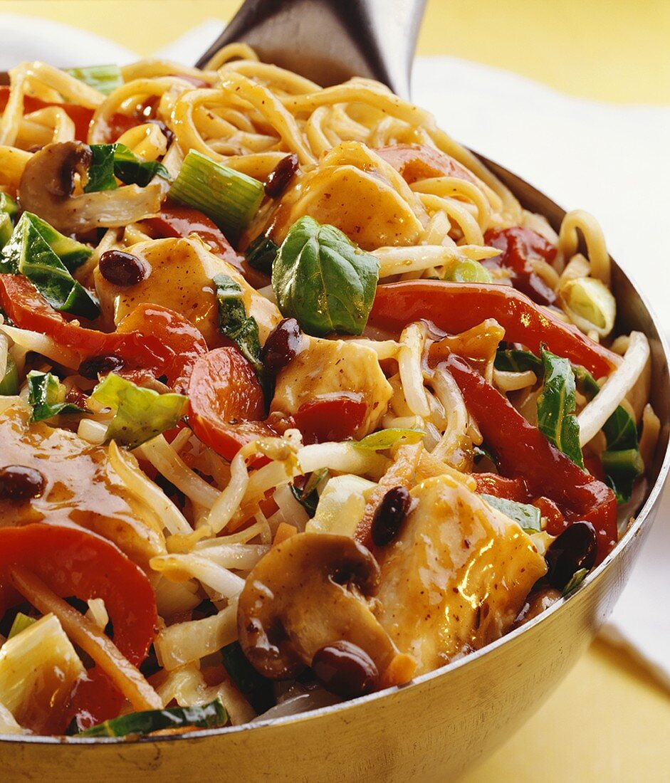 Chicken, noodle and vegetable stir-fry