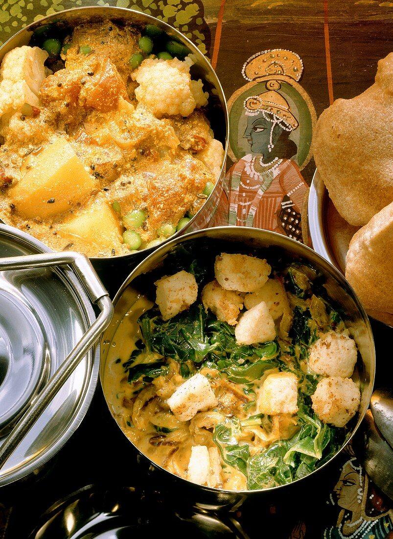 Spinat mit Käsewürfeln & Kartoffelcurry