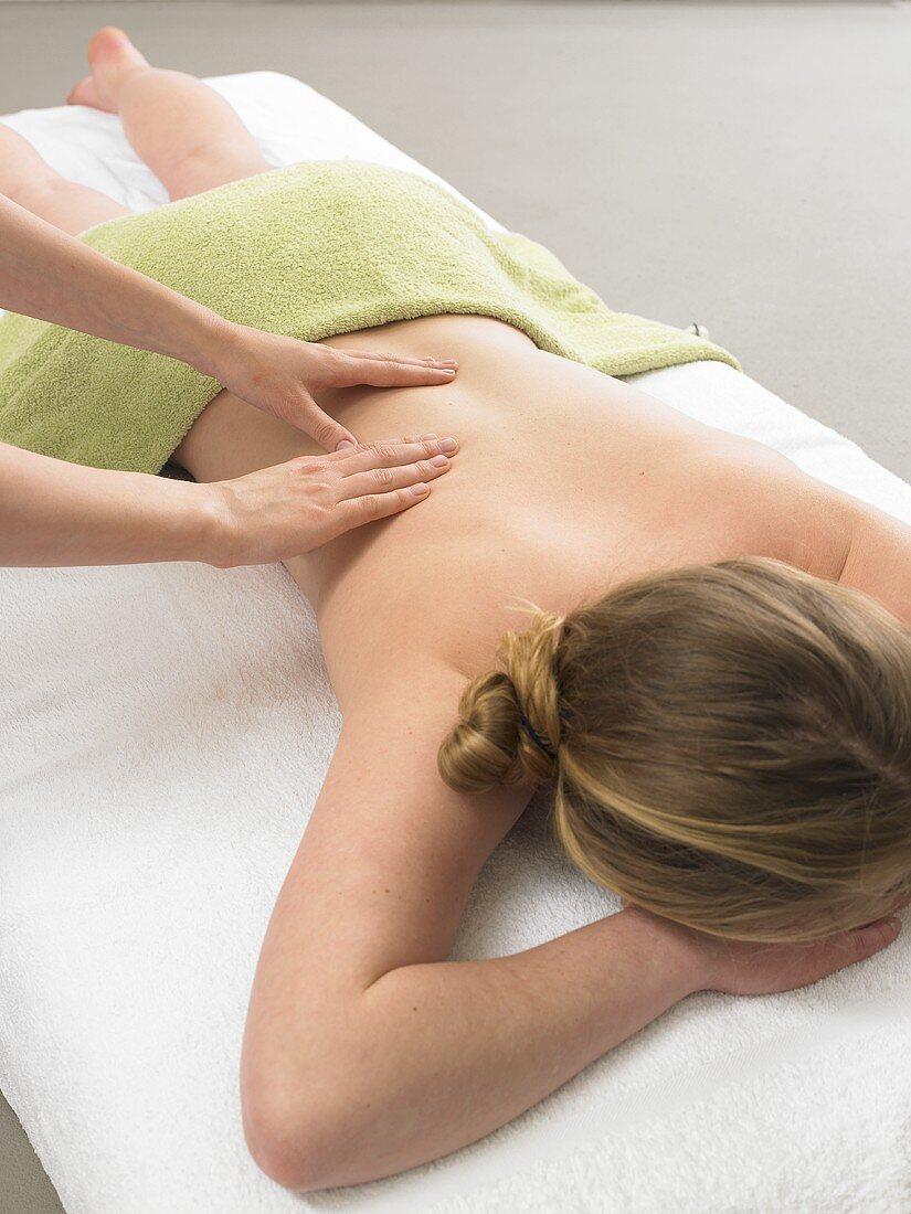 Back massage - kneading