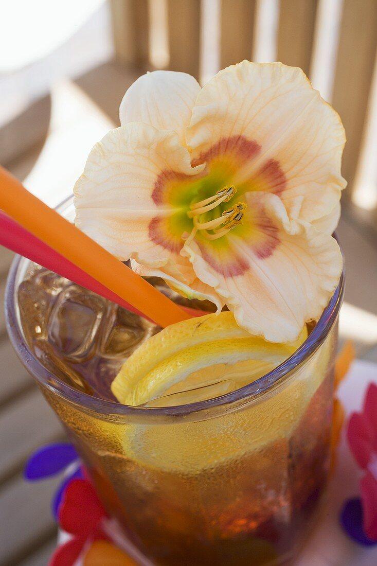 Cuba Libre with amaryllis flower