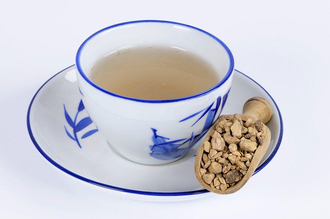 Chinese knotweed root tea