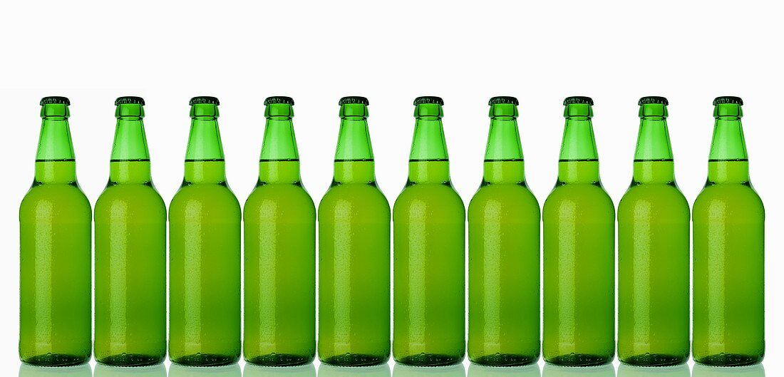 Ten green bottles standing in a row (lager)