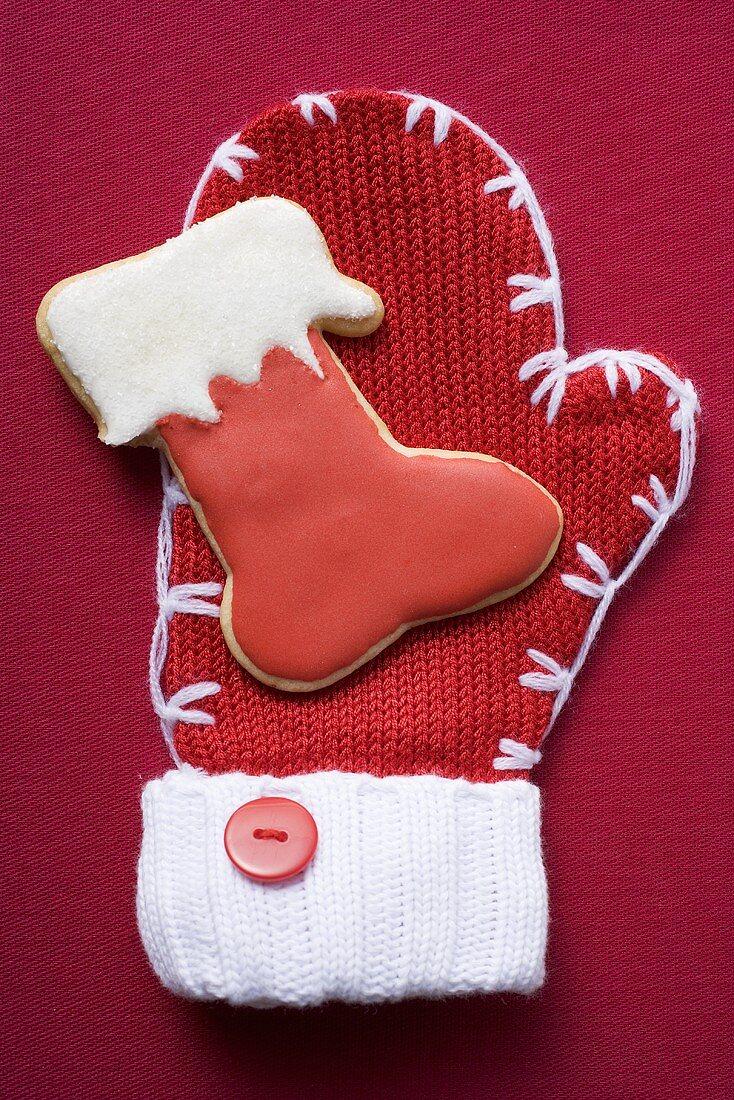 Boot biscuit on woollen mitten