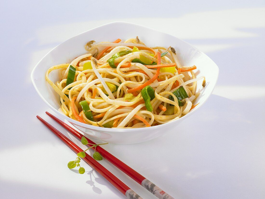 Asian fried noodles with vegetables