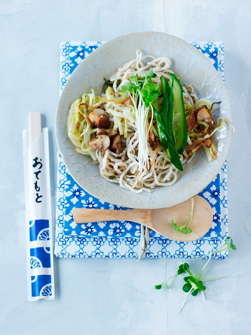 Fried noodles with a cucumber medley