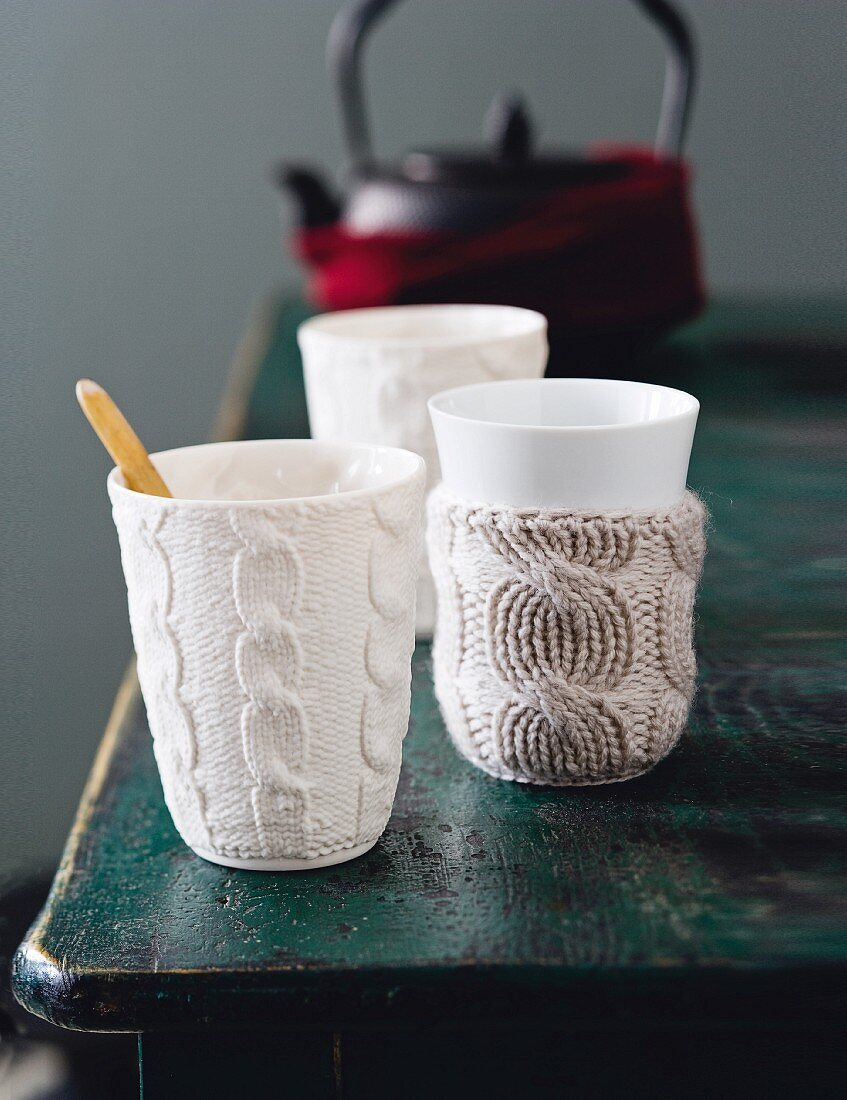 Knitted cashmere cup covers