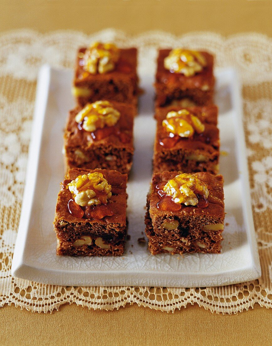 Honey cakes with Christmas spices and nuts