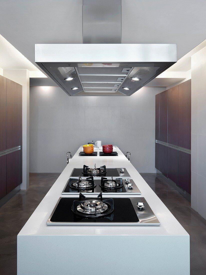 Island down the center of modern kitchen