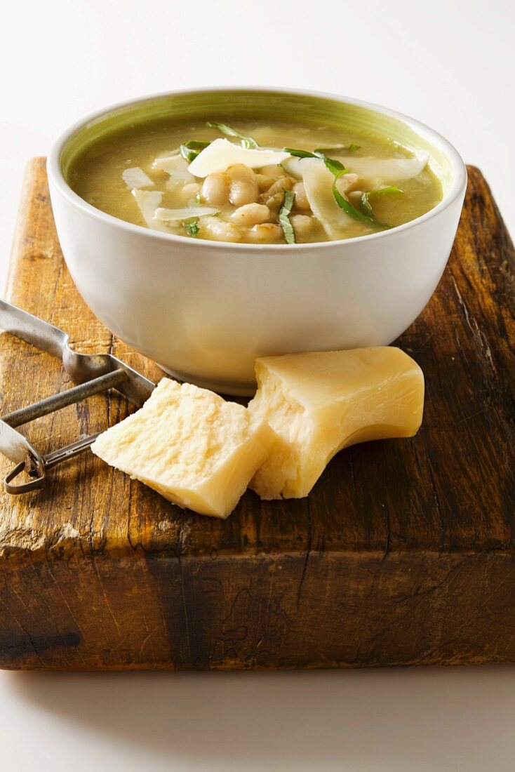 Zuppa di fagioli (white bean soup with Parmesan, Italy)