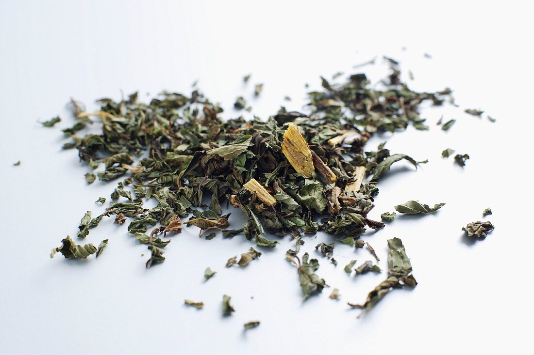 Peppermint tea with liquorice root