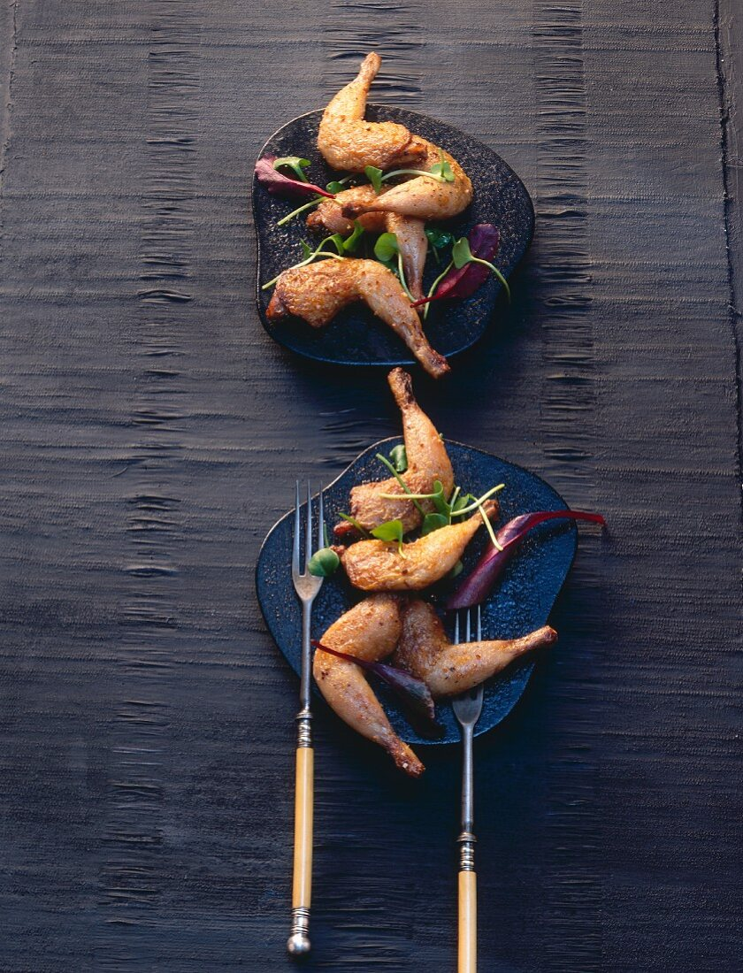 Roasted quail's legs with purslane