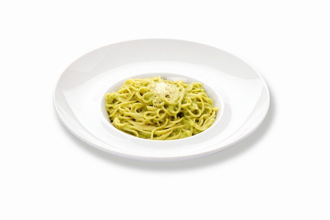Spaghetti with pesto