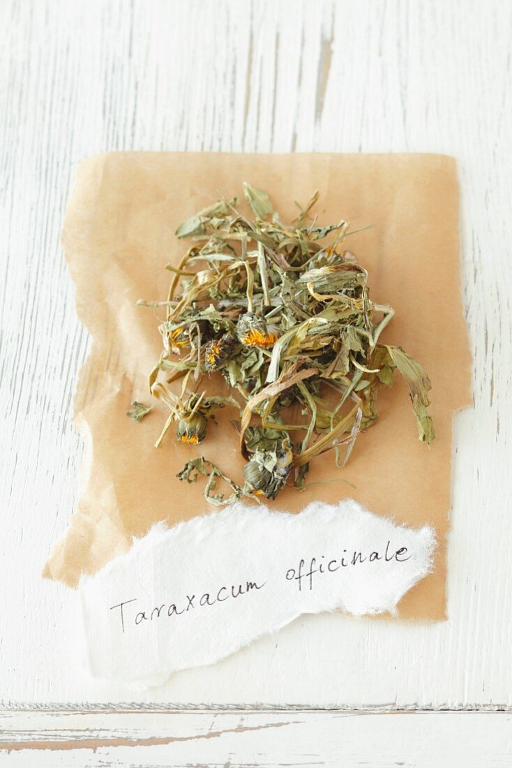 Dried dandelions (Taraxacum officinale)