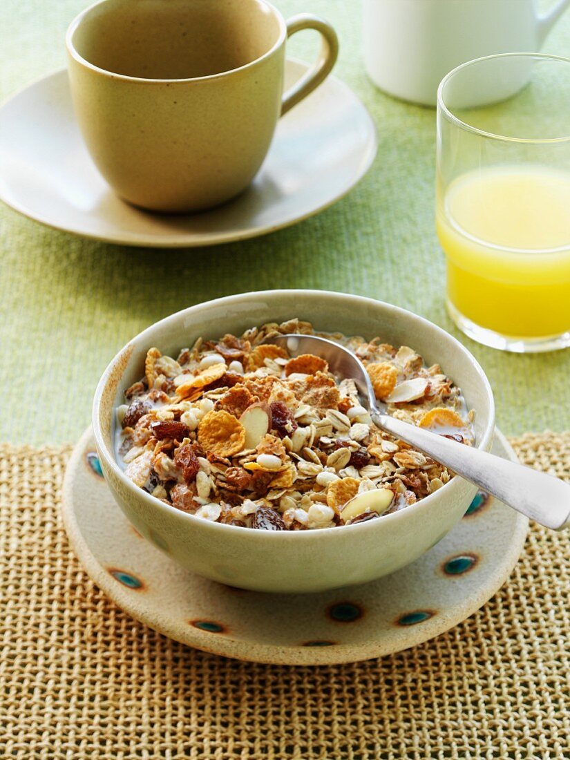 A breakfast consisting of wholemeal muesli and fresh orange juice