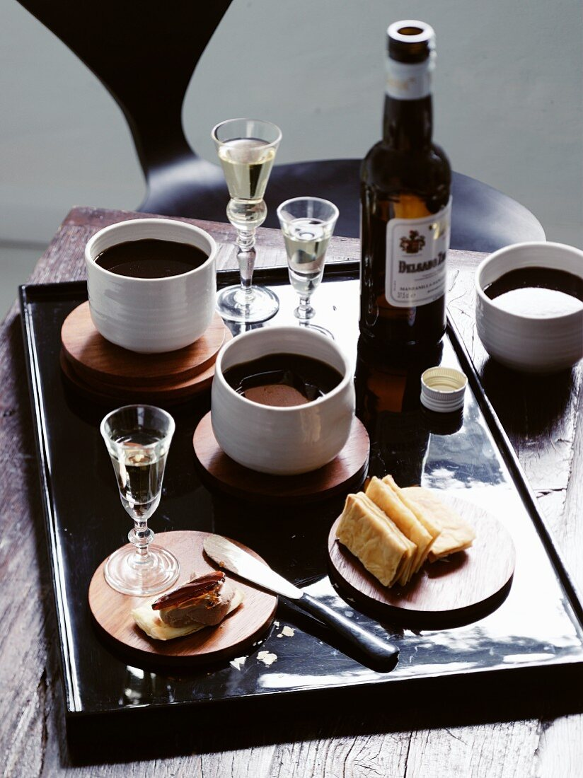 Crackers with chicken liver and sherry (Spain)