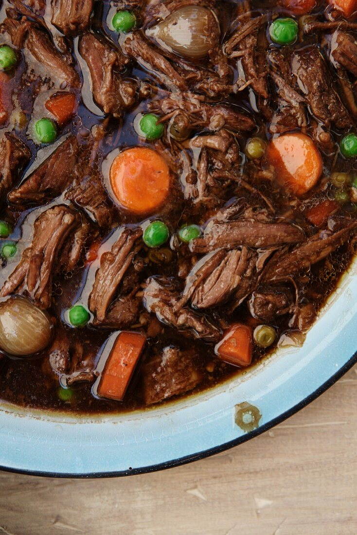Beef Stew with Carrots, Pearl Onions and Peas