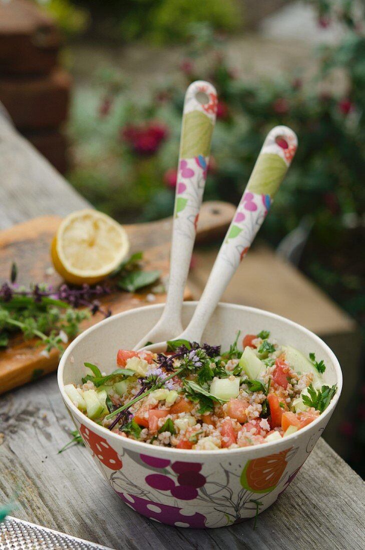 Tabbouleh with tomatoes, cucumber and chives