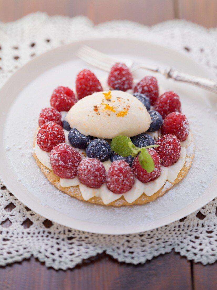 Berry tartlets with eggnog cream