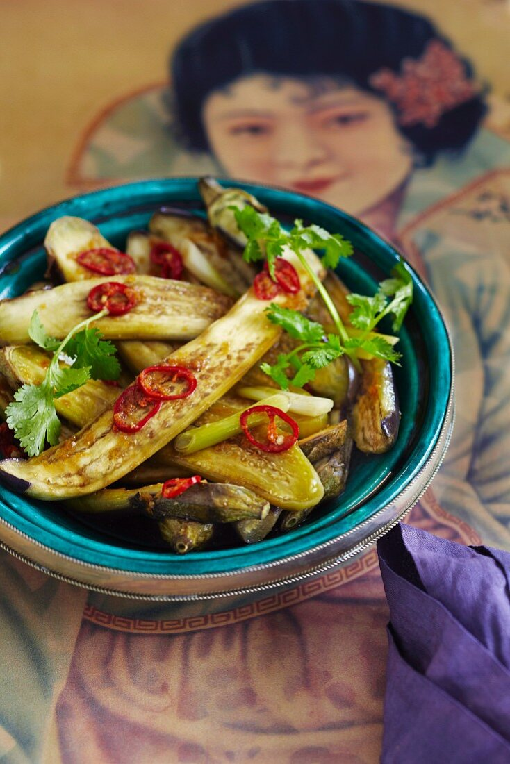 Steamed aubergines with chilli and coriander
