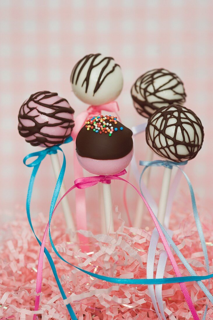 Cake pops for a party