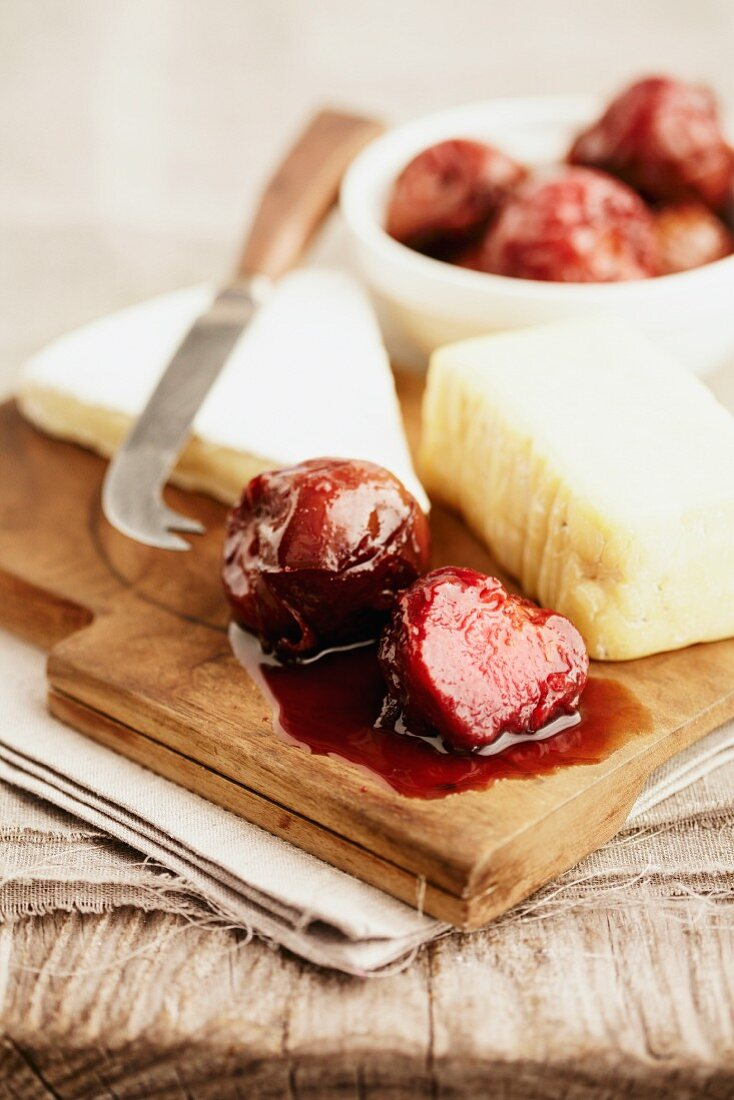 Cheese with preserved plums