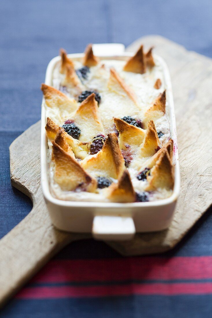 Bread pudding with blackberries