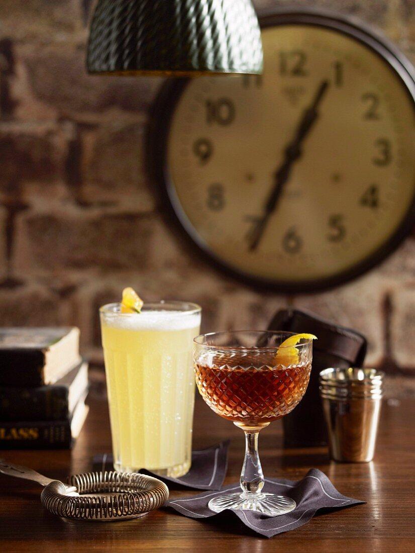 Blue Collar Cocktail und Cablegram (Cocktails mit Whisky)