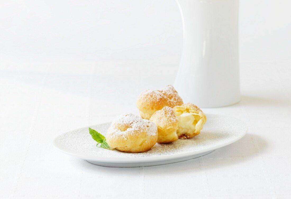 Profiteroles with cream filling