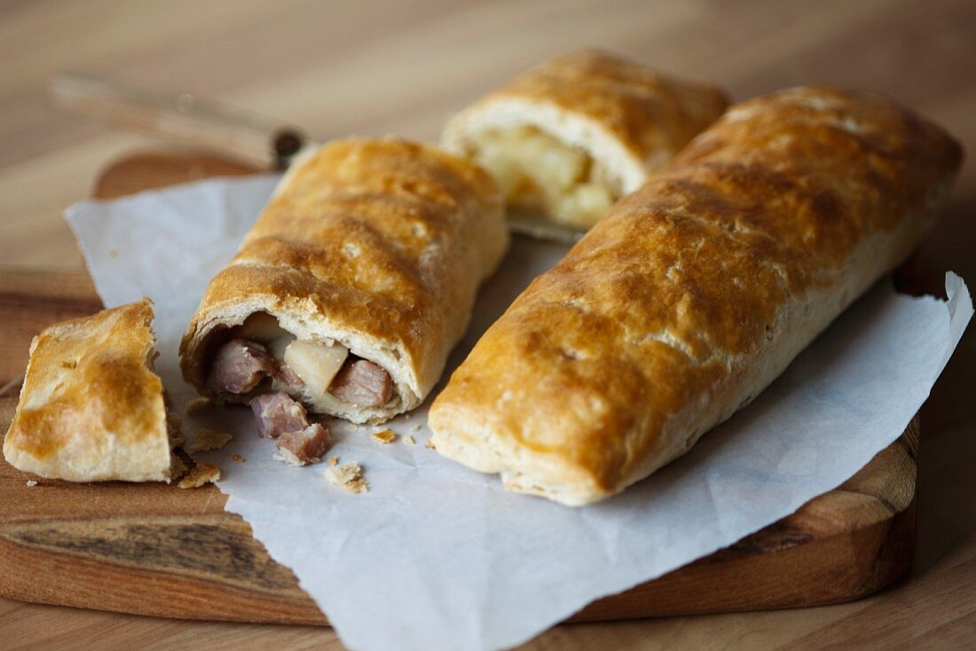 Bedfordshire clanger (English pastry parcel, one half with savoury filling and the other with sweet)