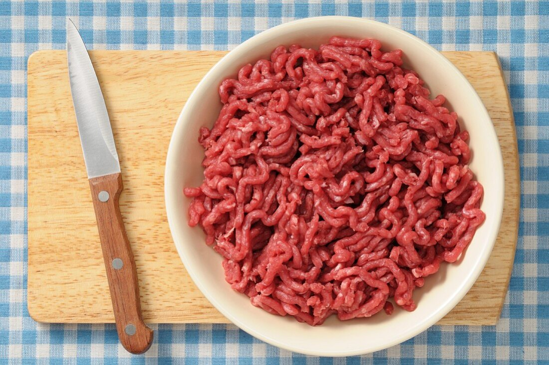 Minced meat in a bowl