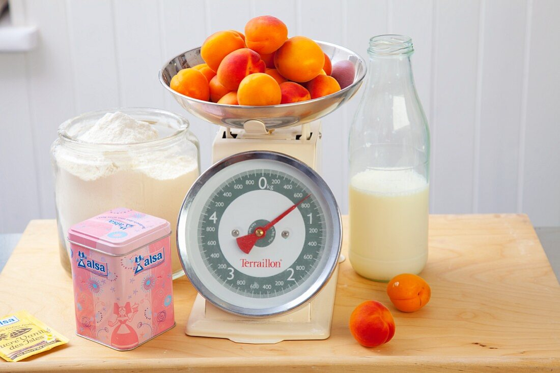 Ingredients for apricot cake