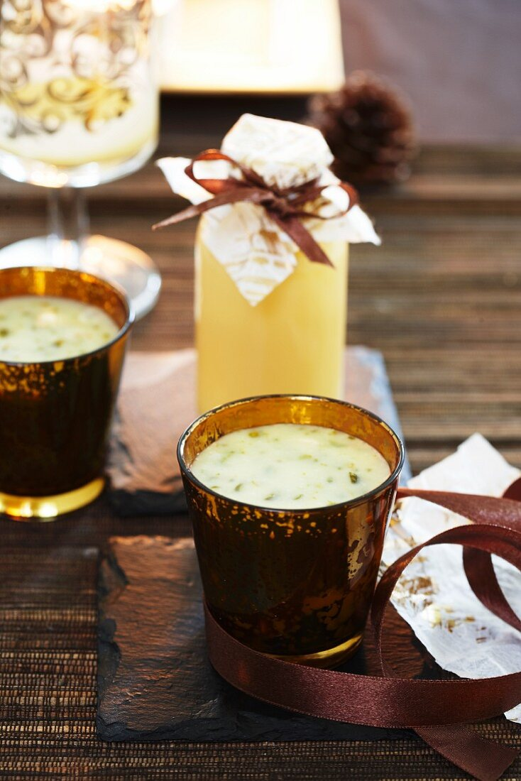 Advocaat and white chocolate dessert