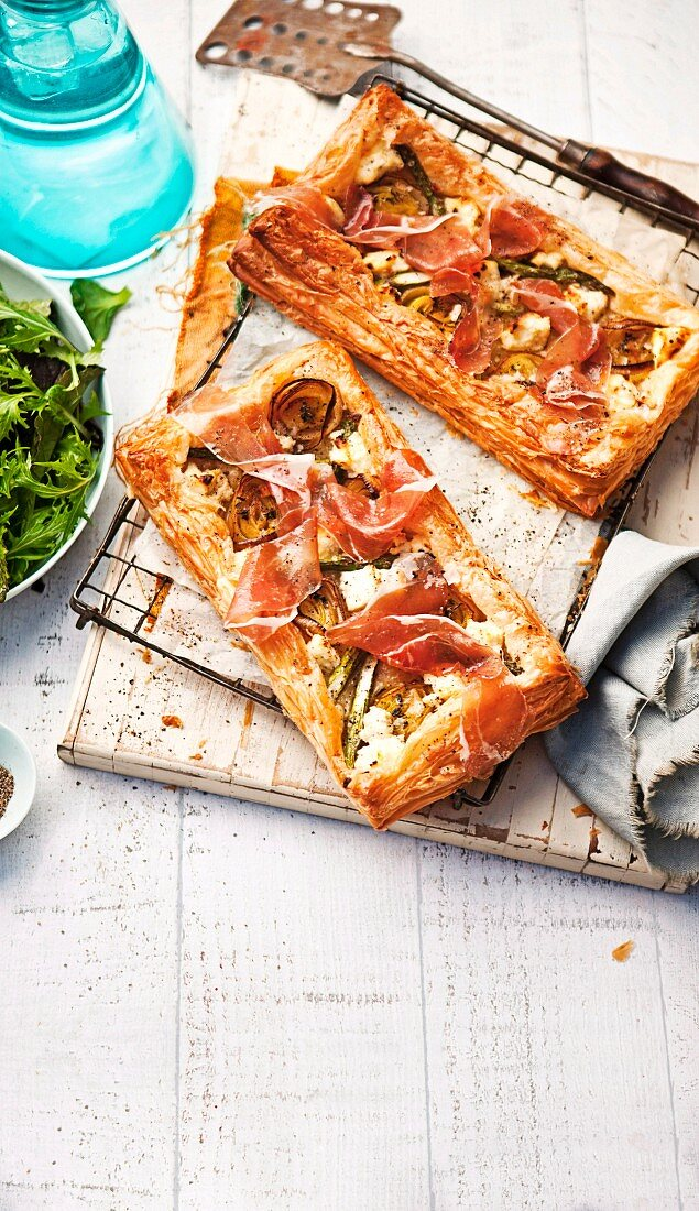 Ricotta tarts with Prosciutto, asparagus and leek