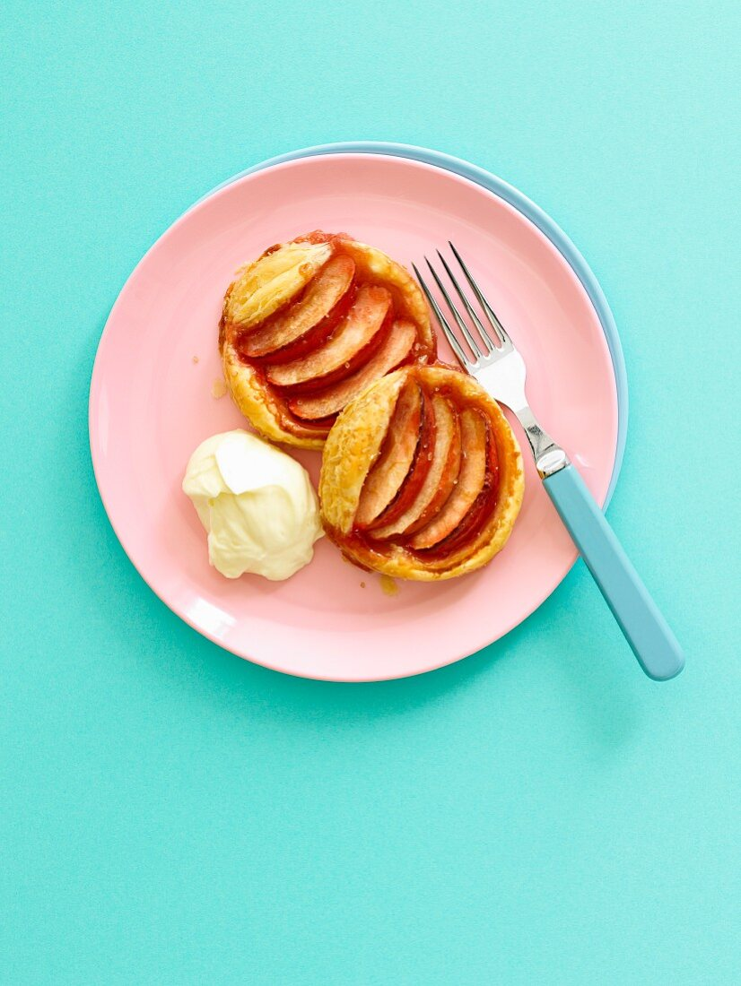 Pink Lady apple tartlets served with mascarpone cheese