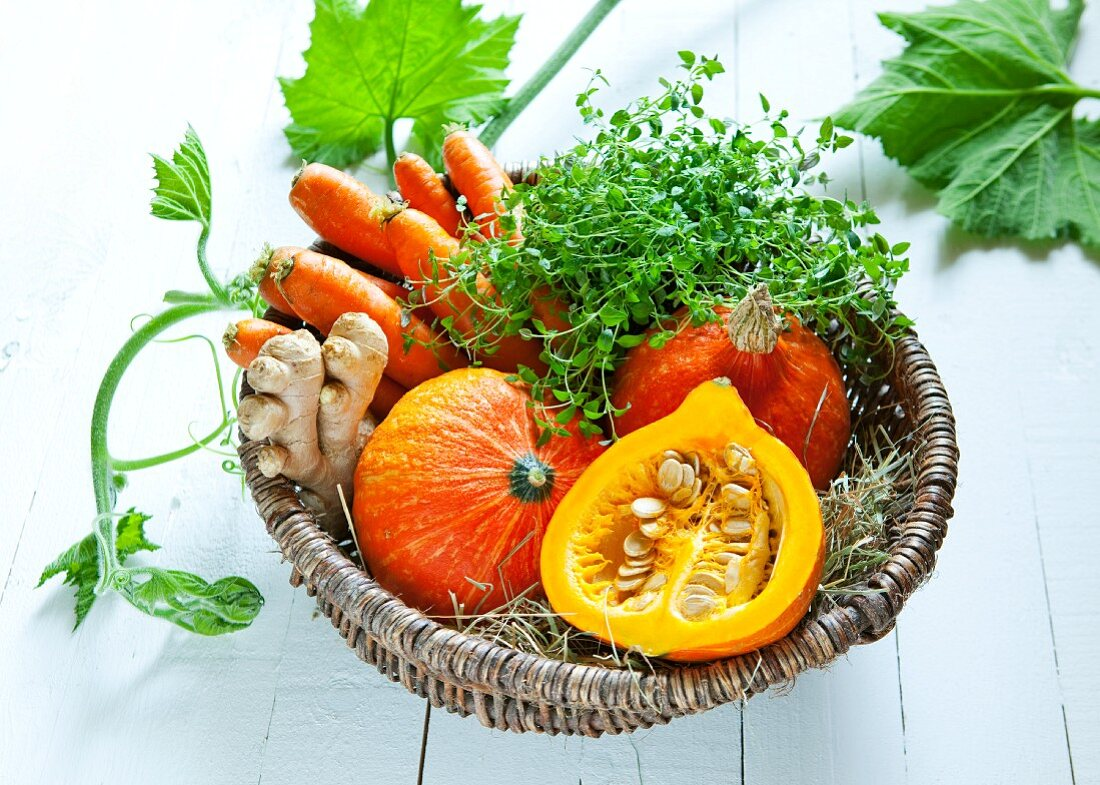 Ingredients for squash soup in a basket
