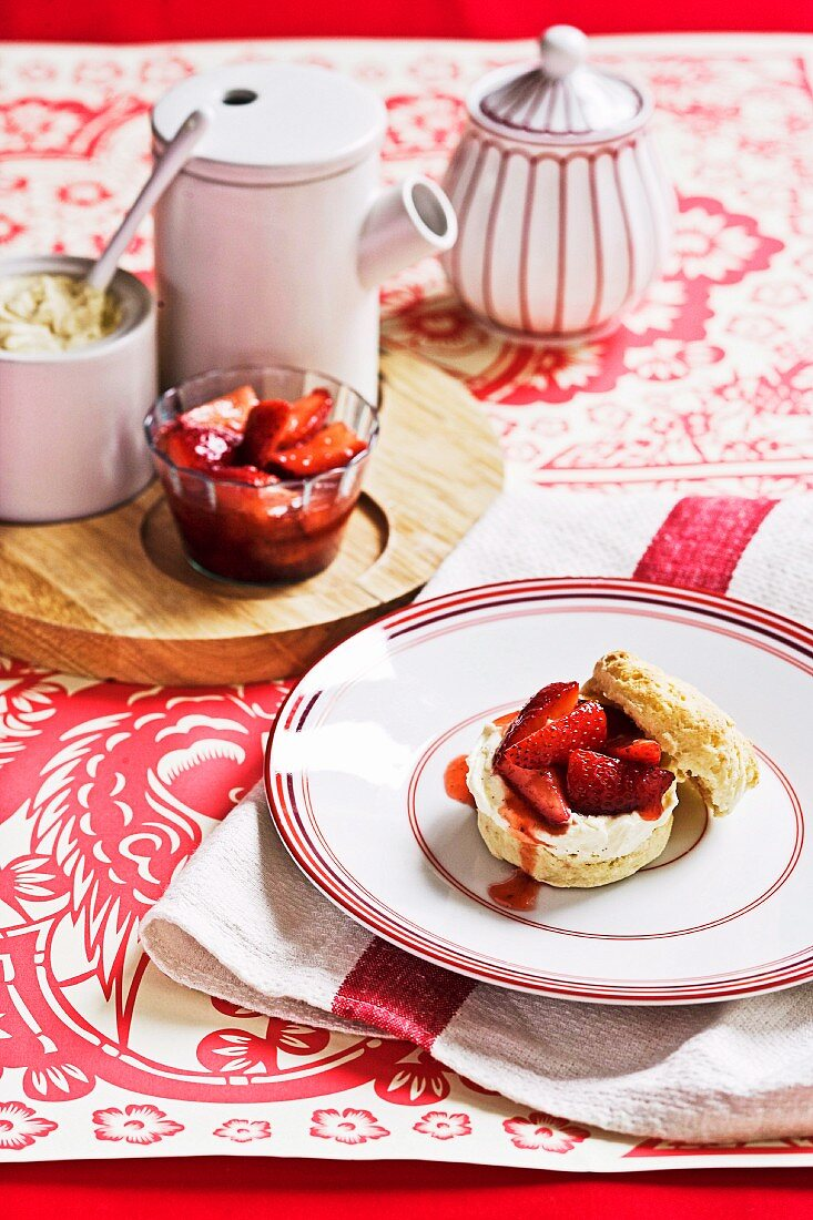 Scones With Clotted Cream And Strawberry License Images 11212867 Stockfood