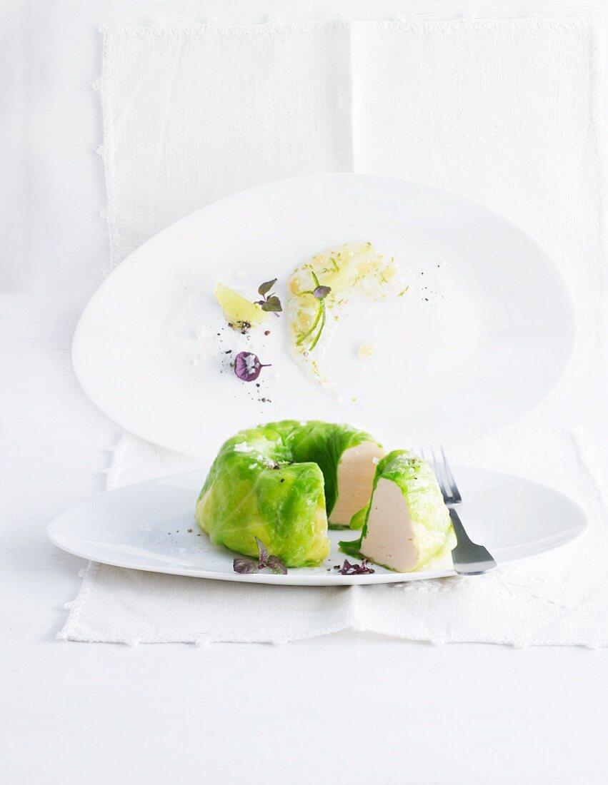 Pointed cabbage moulded ring made with char and lime jam
