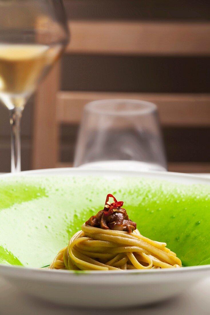Linguine pasta with sea urchins, Viviana Varese chef, Ristorante Alice restaurant, Milan, Lombardy, Italy, Europe
