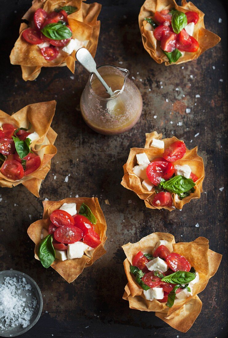 Filo pastry tartlets with caprese