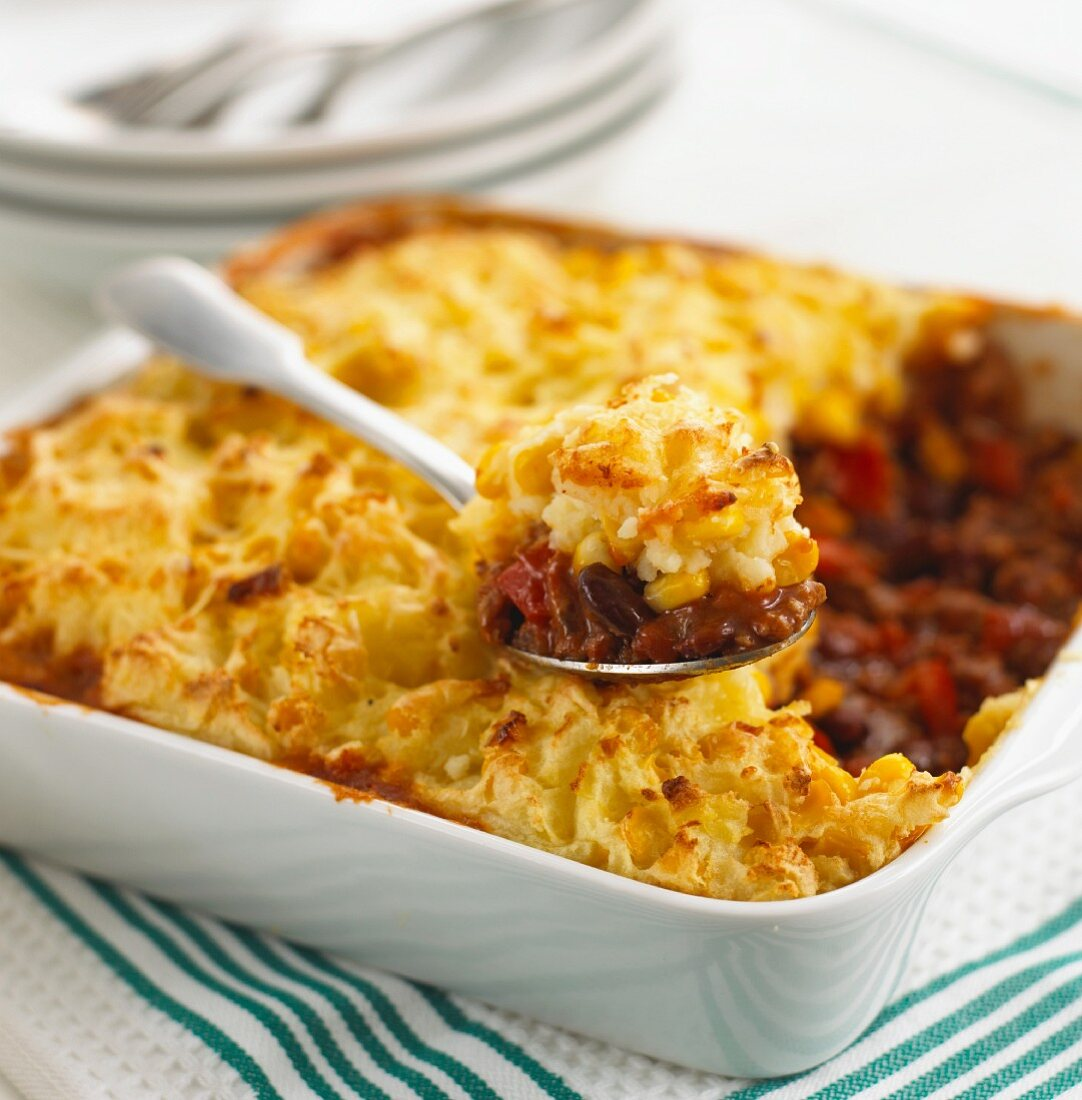 Chilli con carne with mashed potato topping, cooked in the oven