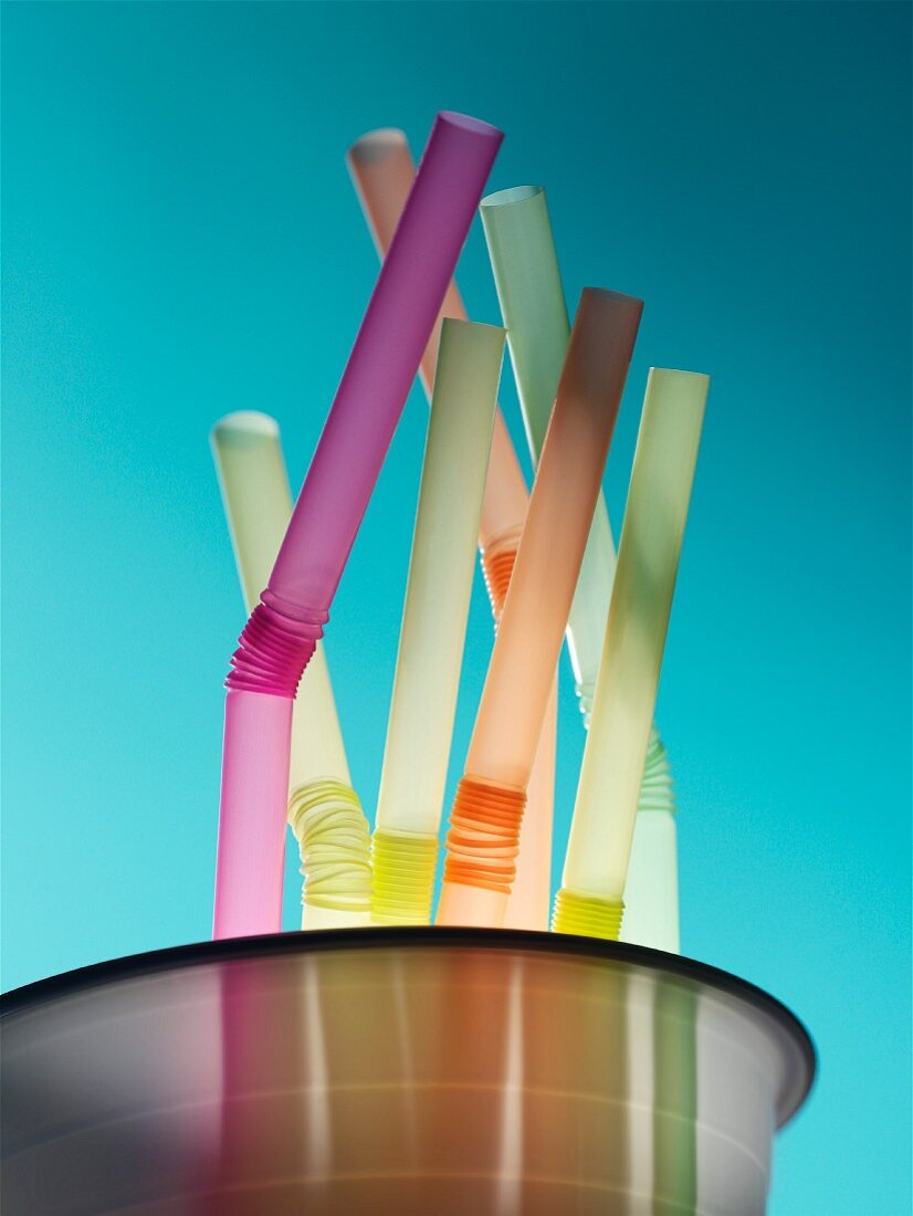 Colorful Plastic Bending Straws in Cup