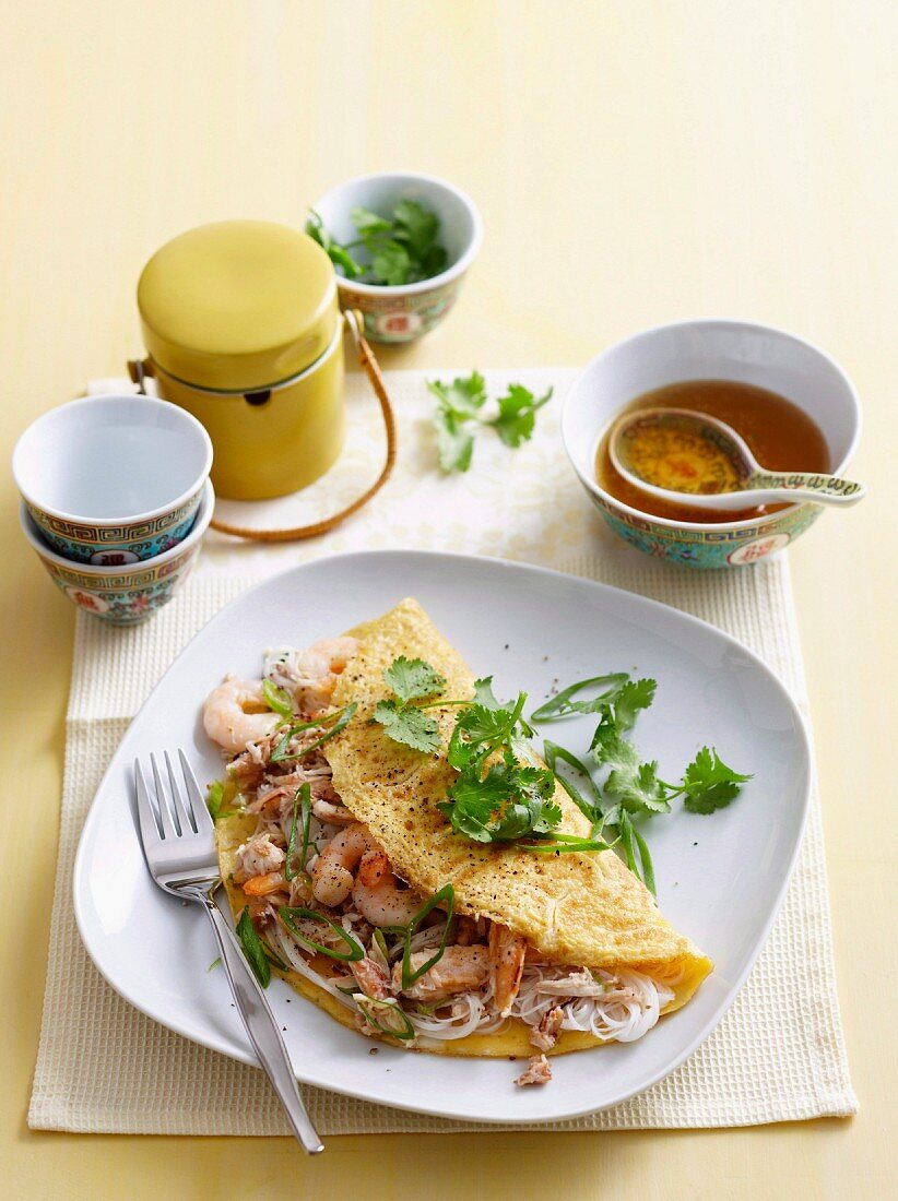 Noodle and prawn omelettes