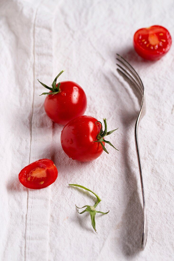 Cherry tomatoes and a fork