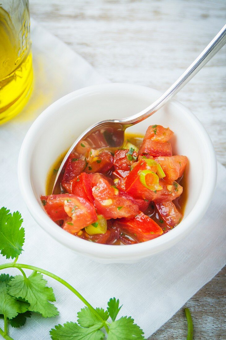 Tomato salsa with coriander and olive oil (Mexico)